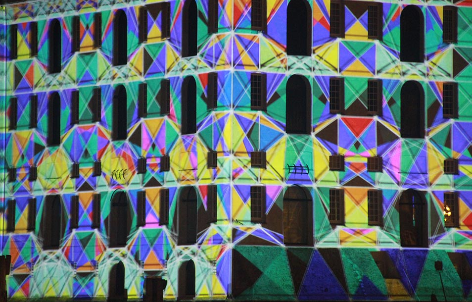 Detail of a projection mapping show for Amsterdam light festival created by Mr.Beam studio